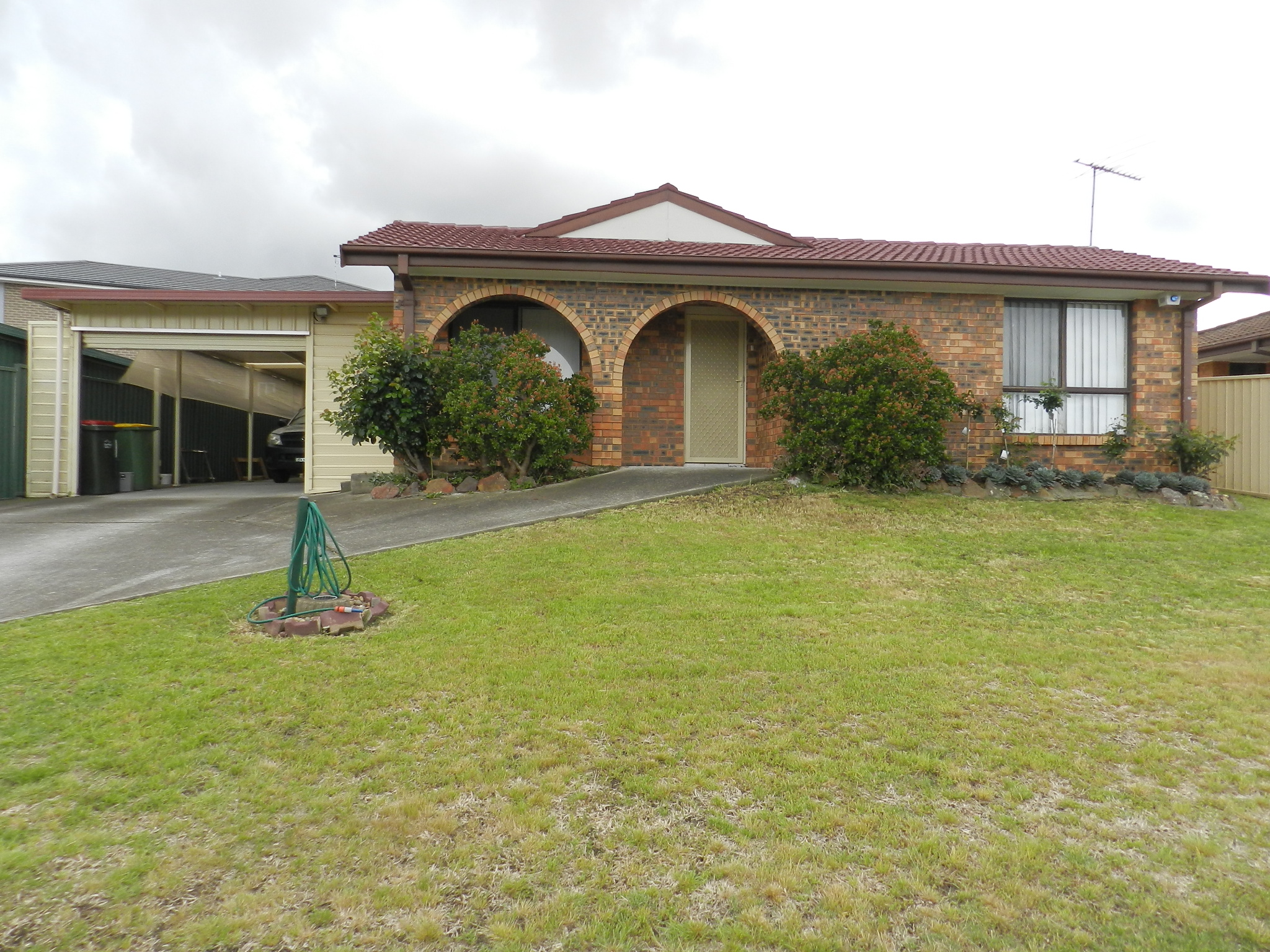 39 DRANSFIELD ROAD, EDENSOR PARK NSW 2176-1
